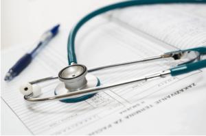 Quanto custa um plano de saúde para um idoso